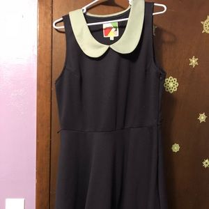 ModCloth dress 1x navy with green Peter Pan collar